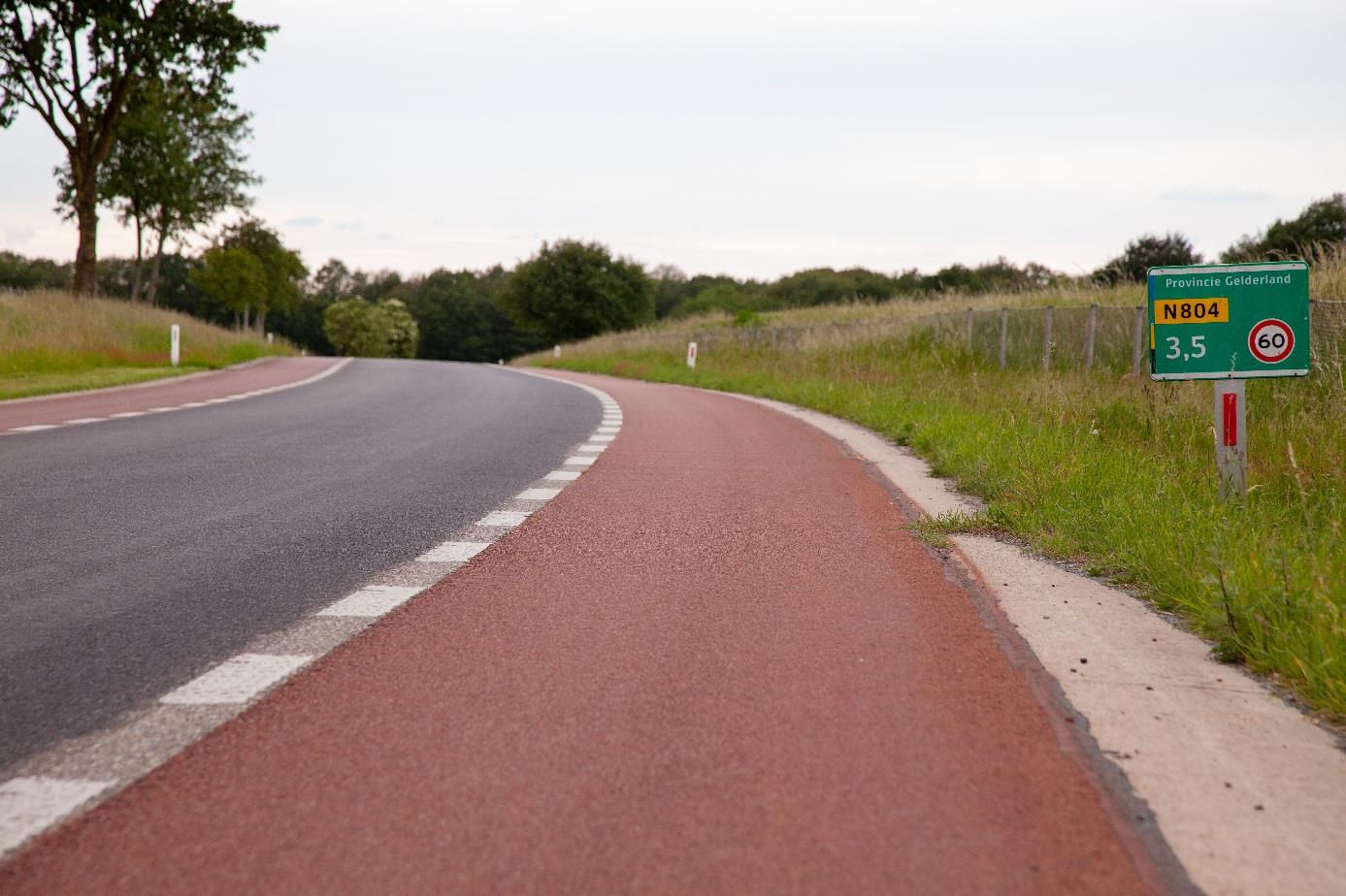 Sustainable cycle paths through new maintenance technology