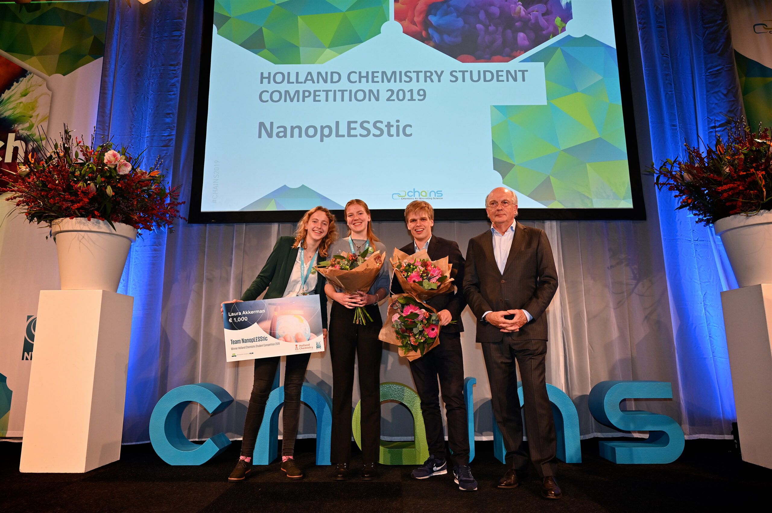 Team NanopLESStic wins Holland Chemistry Student Competition 2019